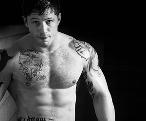 "Tom Hardy ""Warrior"" Workout Plan"
