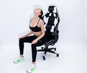 eSports & Gaming - How to Help Neck & Upper Back Pain